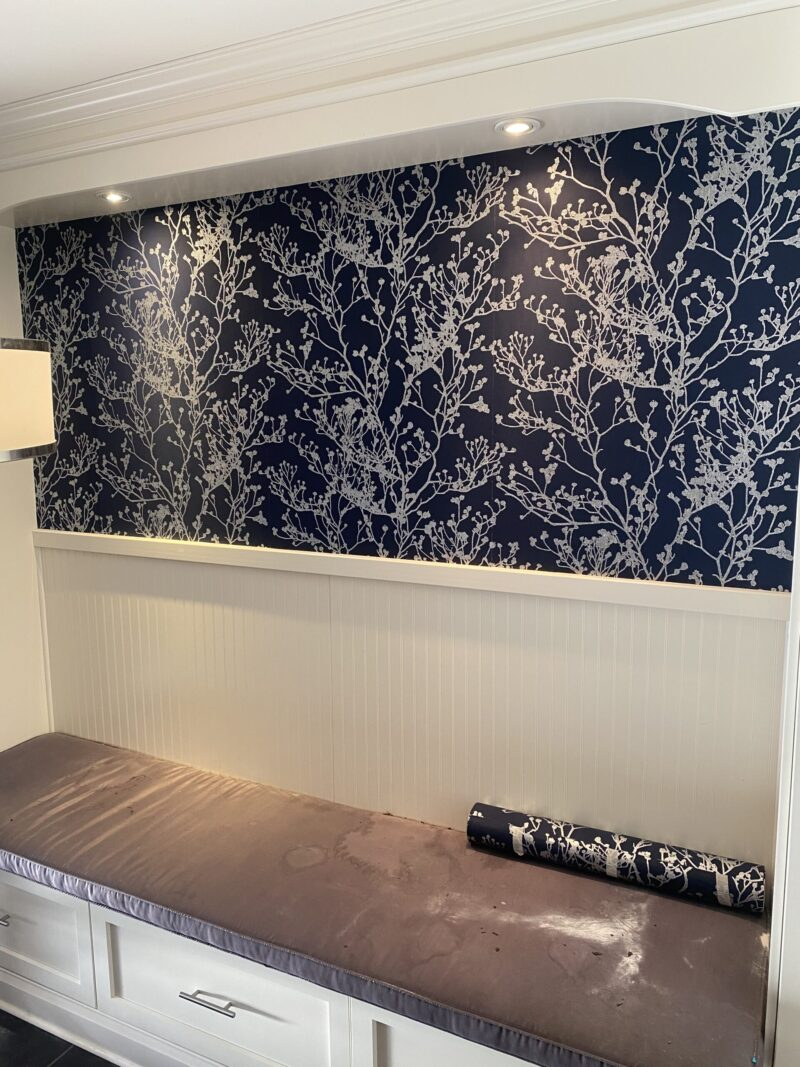 WALLPAPERING IN ACTION